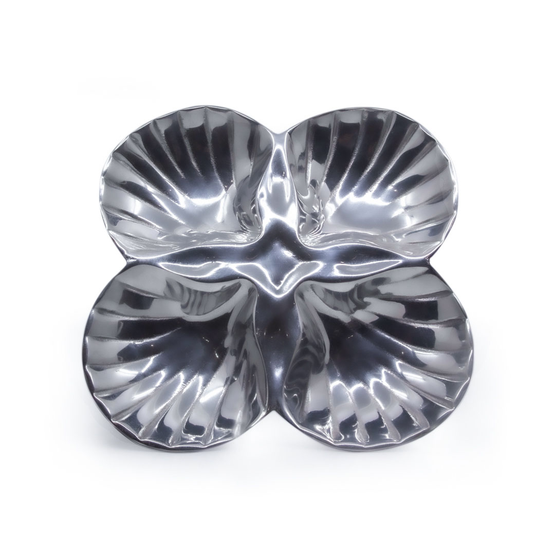 4-section-flower-serving-dish
