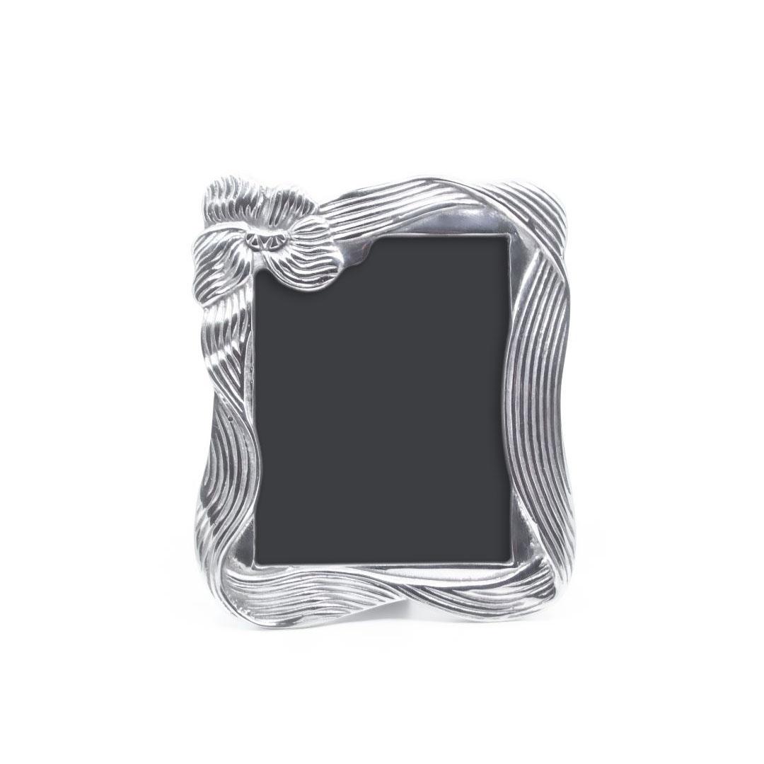 ribbon-frame-01