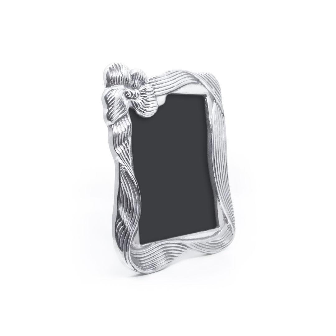 ribbon-frame-02
